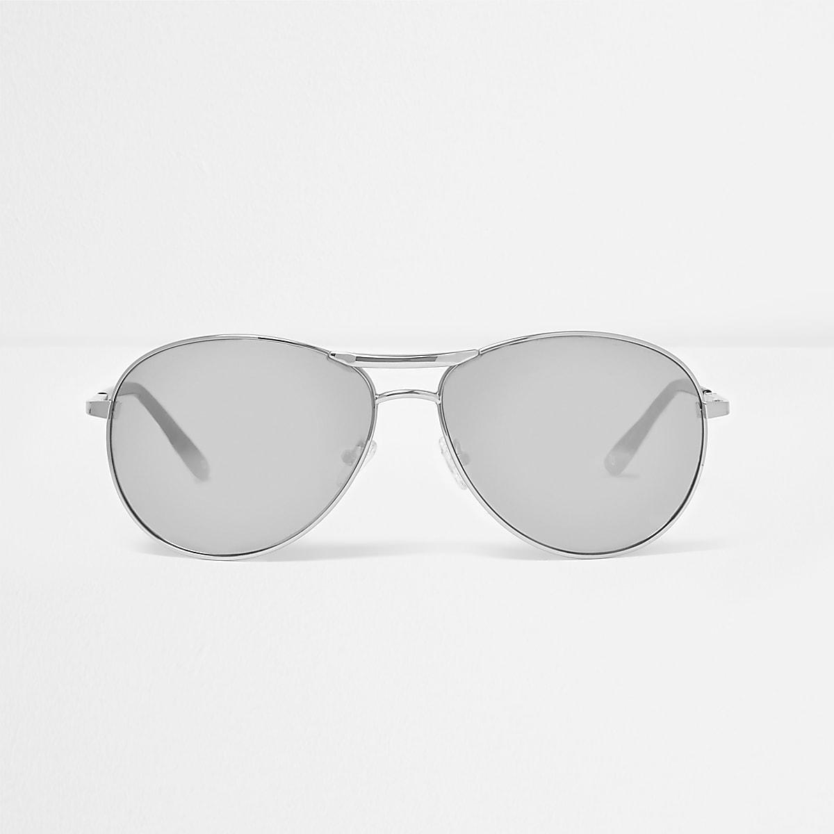 Silver mirror aviator sunglasses