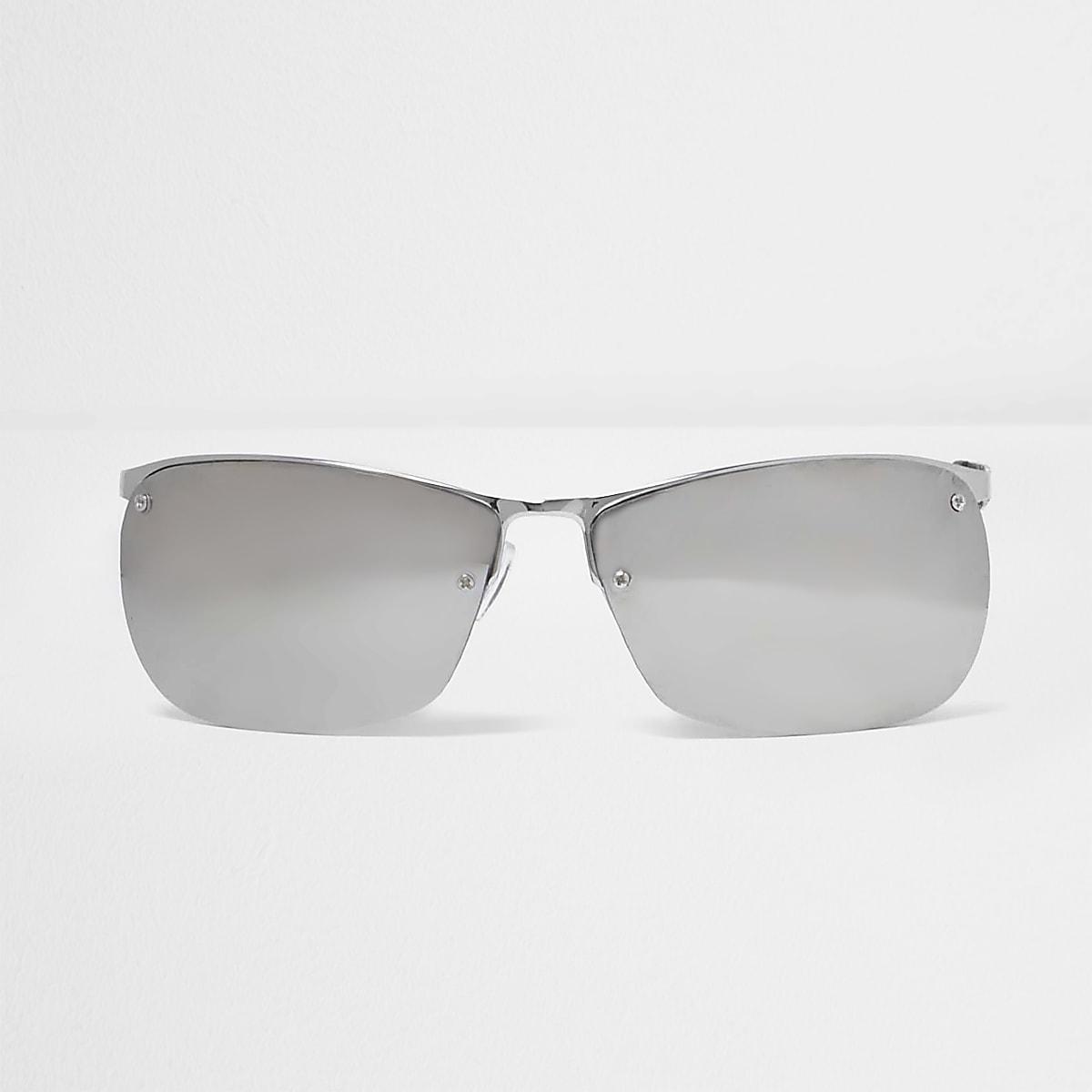 Zilverkleurige sportieve zonnebril