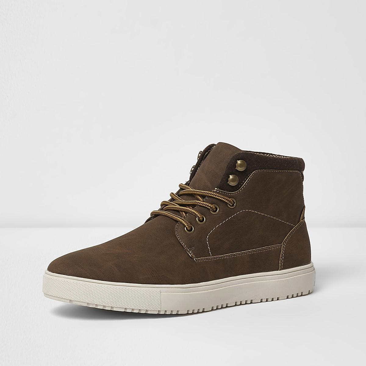 7be6d7df201 Bruine hoge sneakers met vetersluiting - Sneakers - Schoenen ...