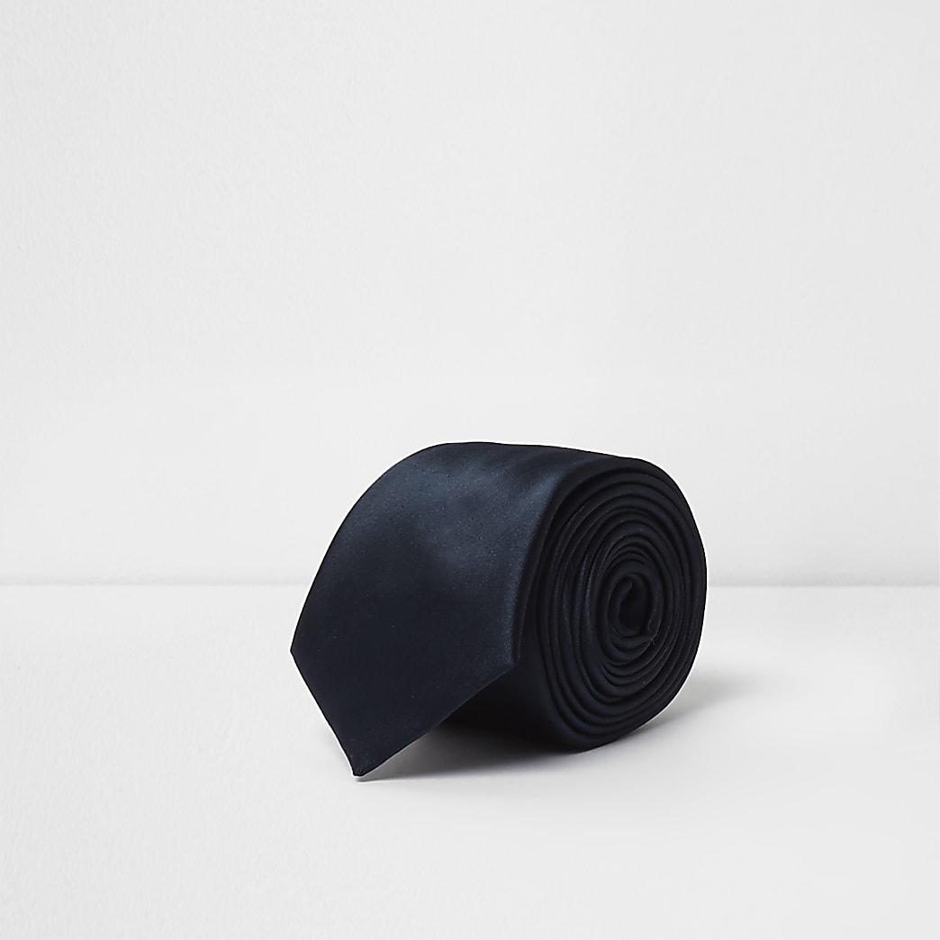 Cravate en satin bleu marine