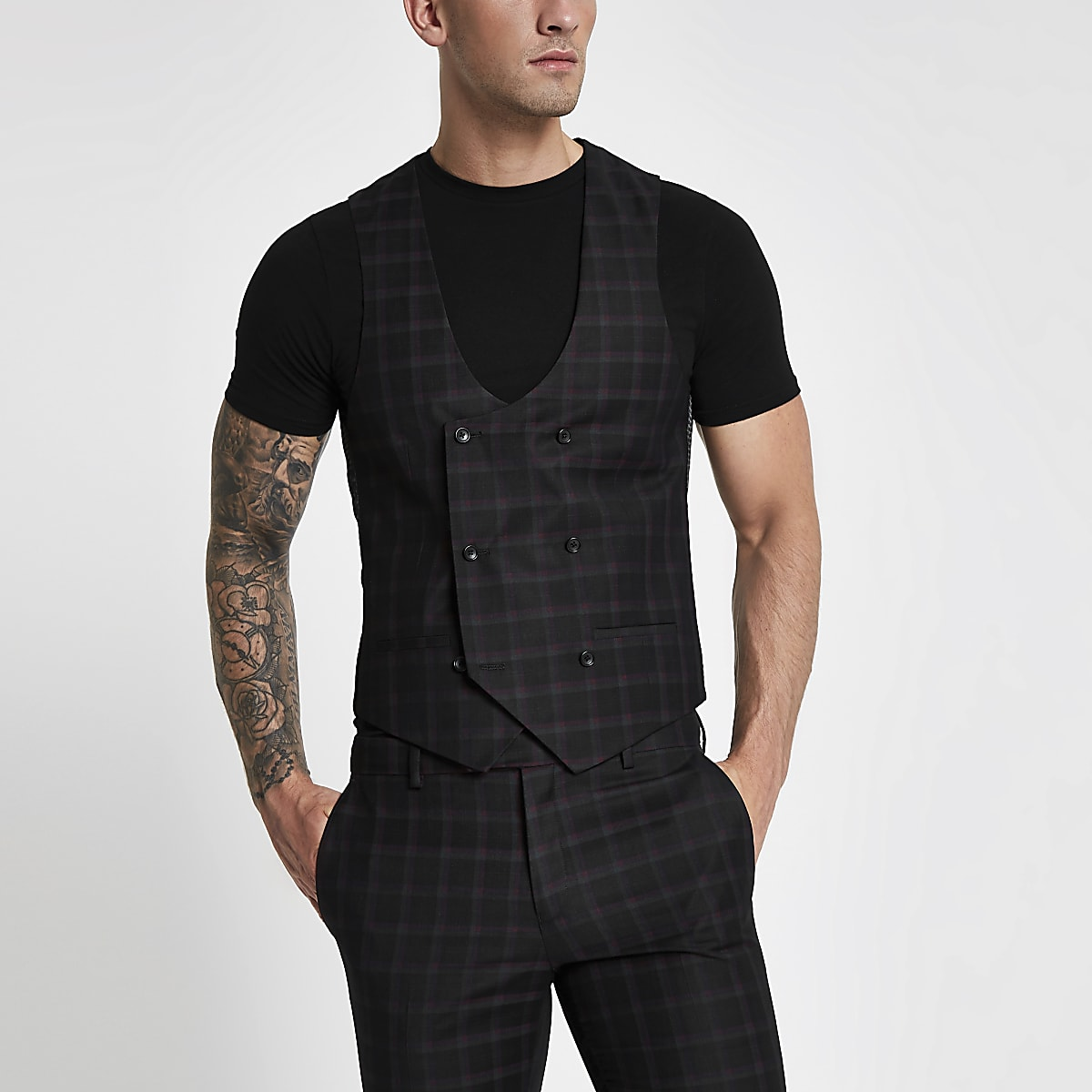 Gilet de costume à carreaux noir et bordeaux