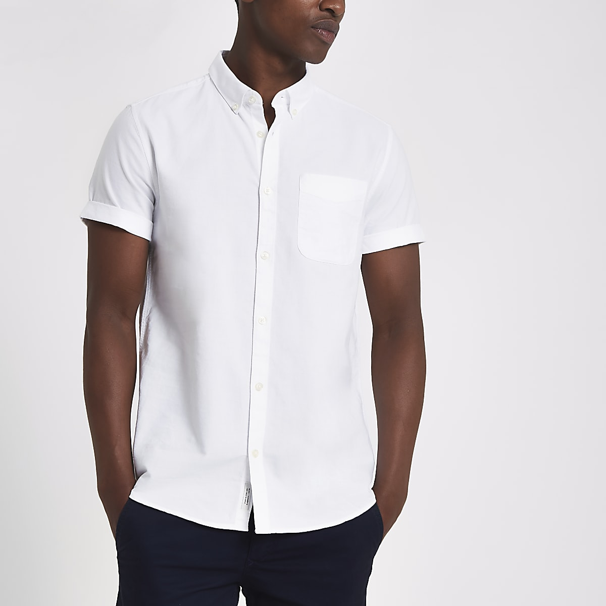 White casual short sleeve Oxford shirt