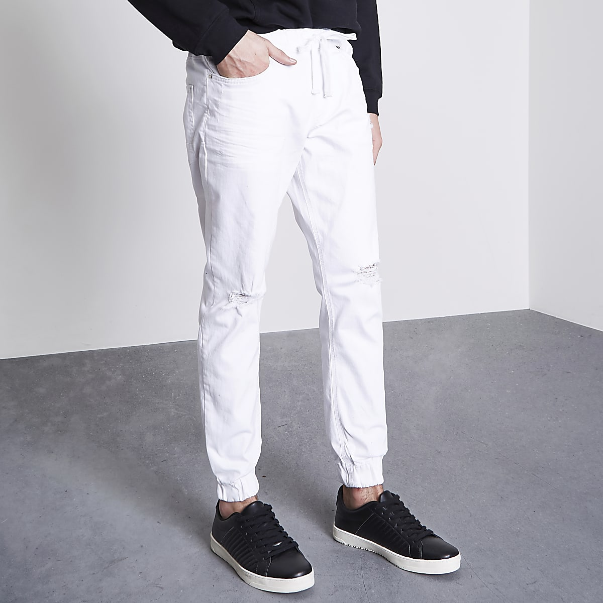 White Ryan distressed jogger jeans