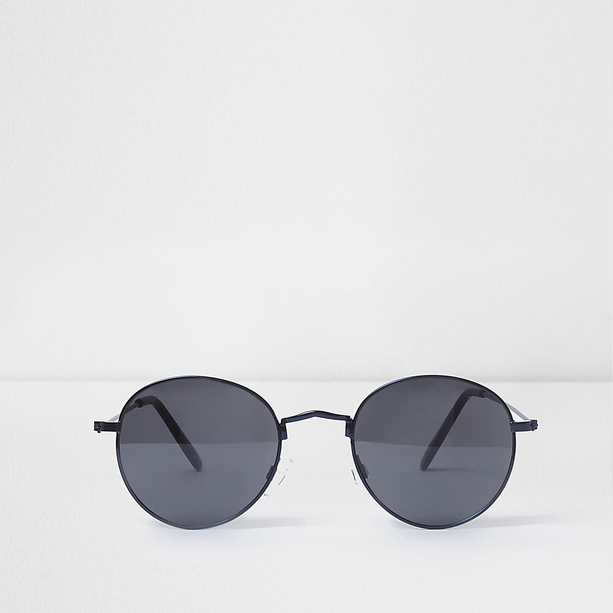 Blue round retro smoke lens sunglasses