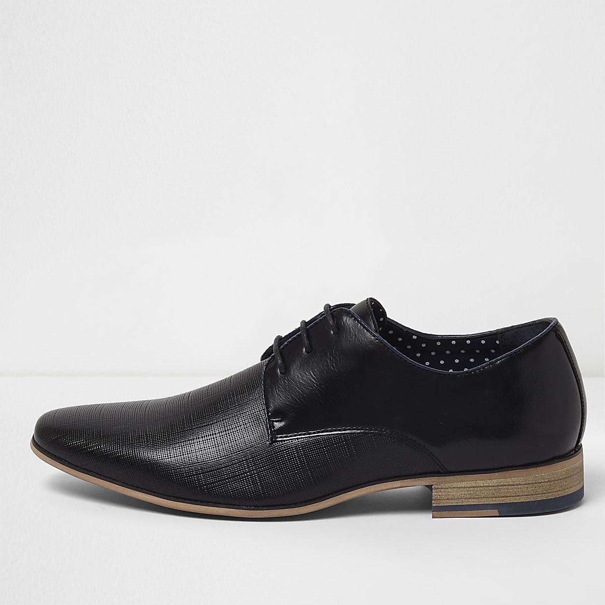 Chaussures habillées noires texturées à lacets