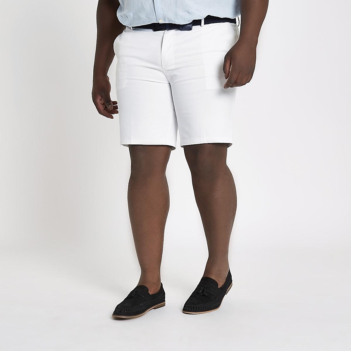 Big and Tall – Weiße Chinoshorts mit Gürtel