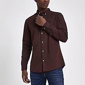 Donkerrood geborduurd Oxford overhemd met wespenprint