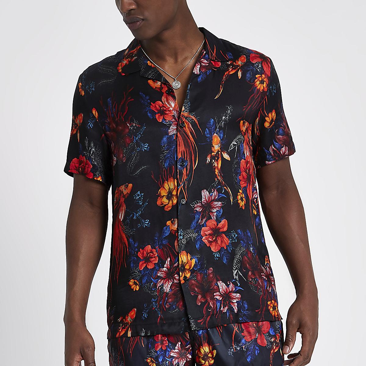 Bloemen Overhemd.Zwart Overhemd Met Bloemen En Vissenprint Korte Mouwen En