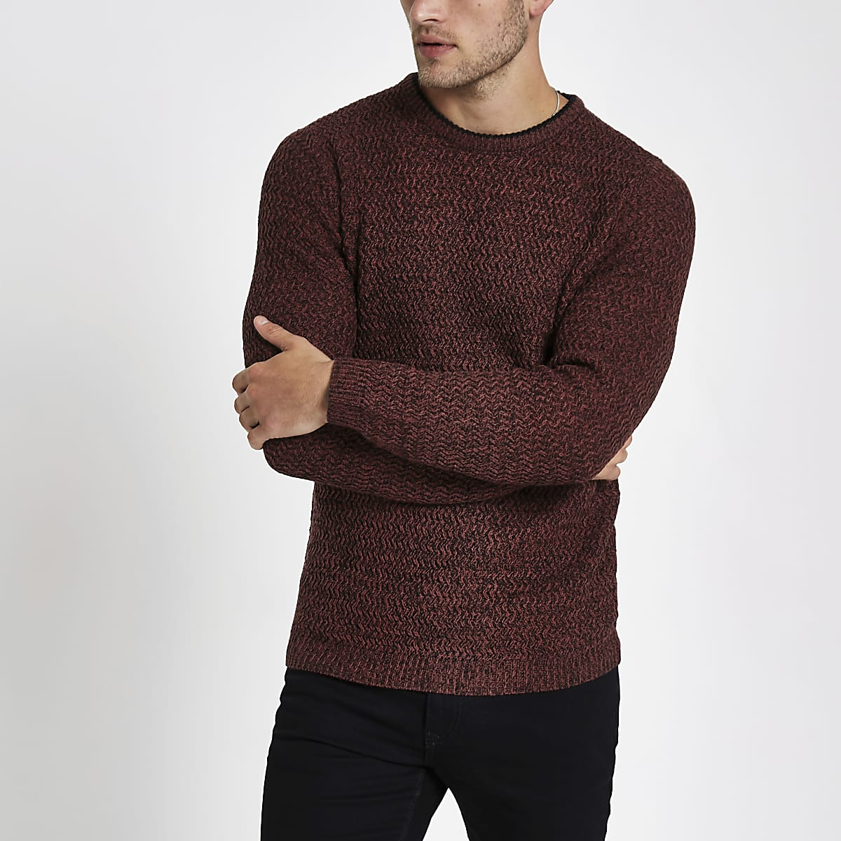 Red knit slim fit crew neck jumper