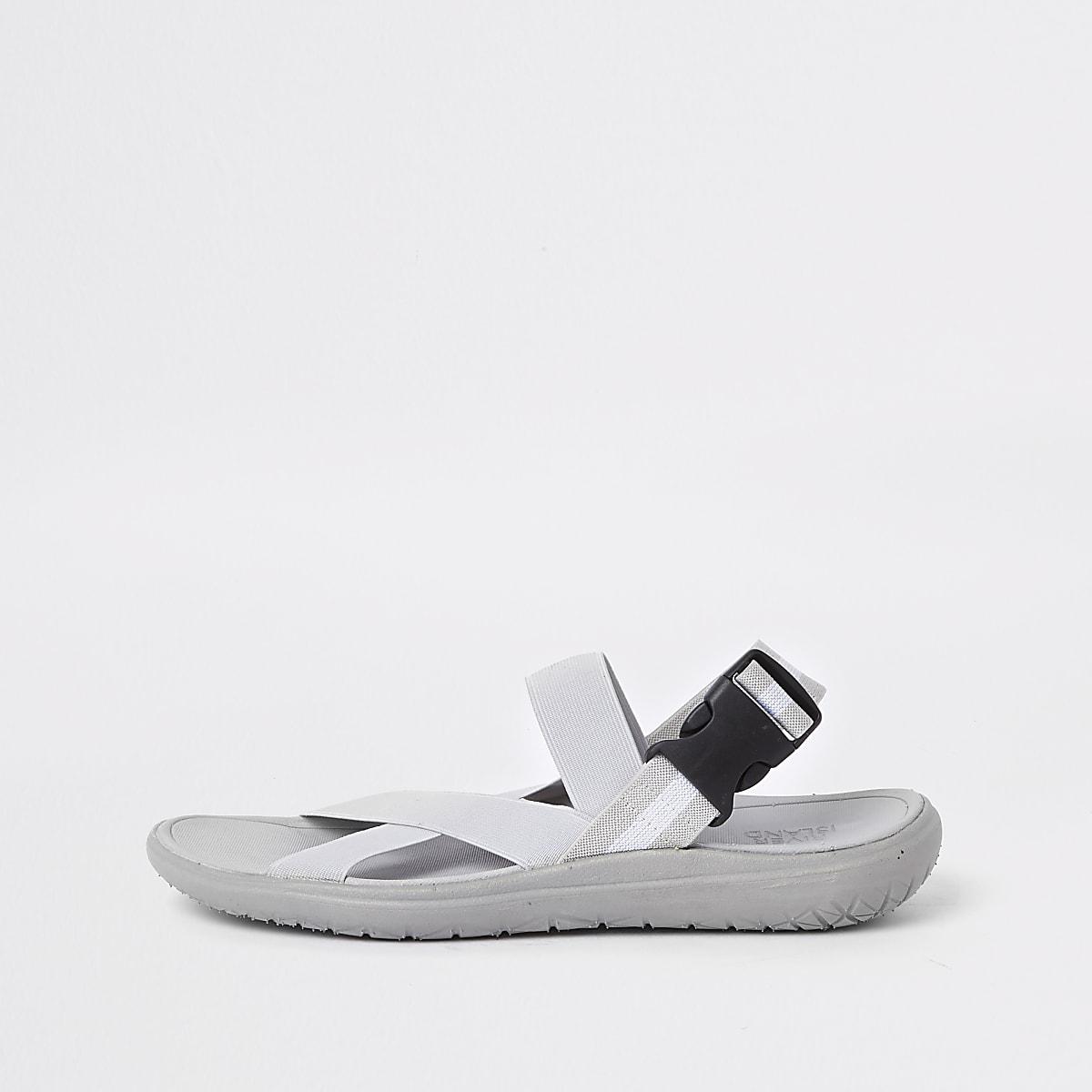 Grijze elastische sandalen