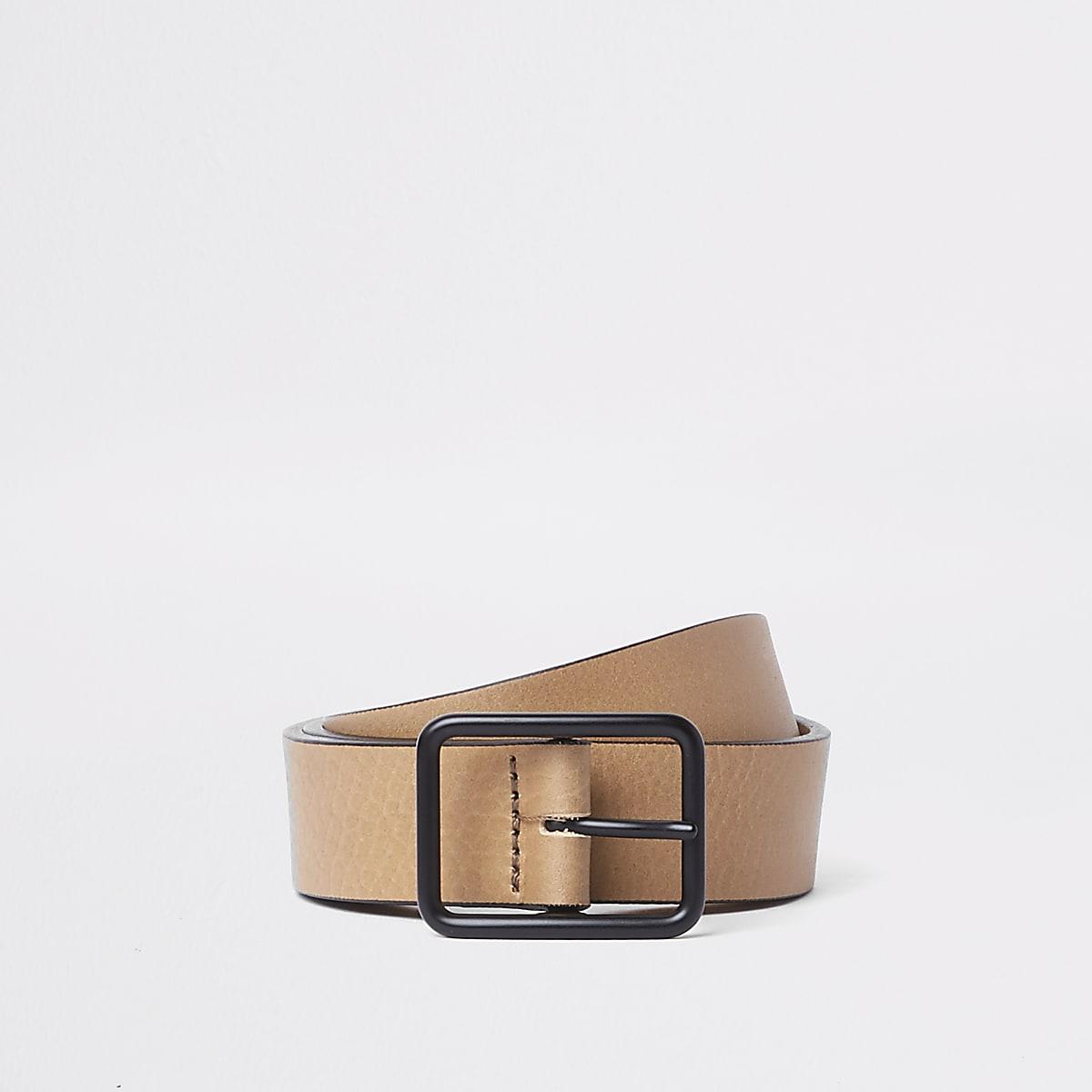 Light brown tan leather belt