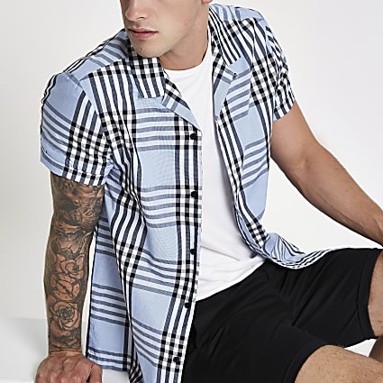 Light blue check short sleeve shirt