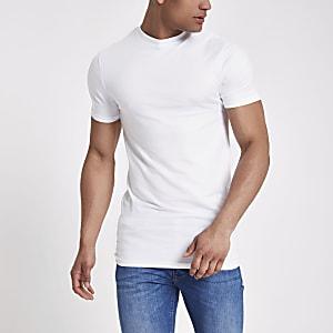 Langes, weißes T-Shirt