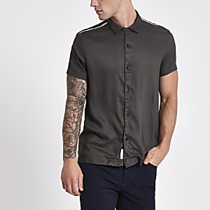 Chemise kaki avec manches courtes à bande