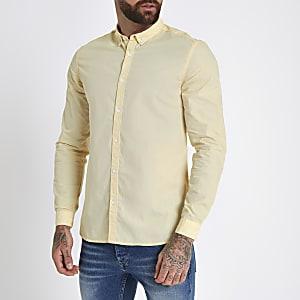 Chemise slim en popeline jaune à manches retroussées