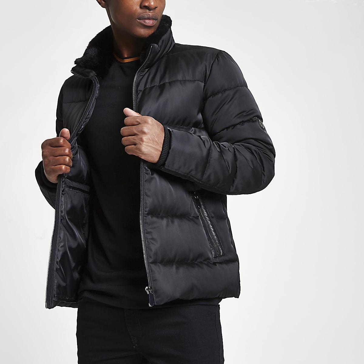 Black faux fur collar puffer jacket