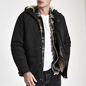 Veste noire à capuche avec doublure imitation mouton