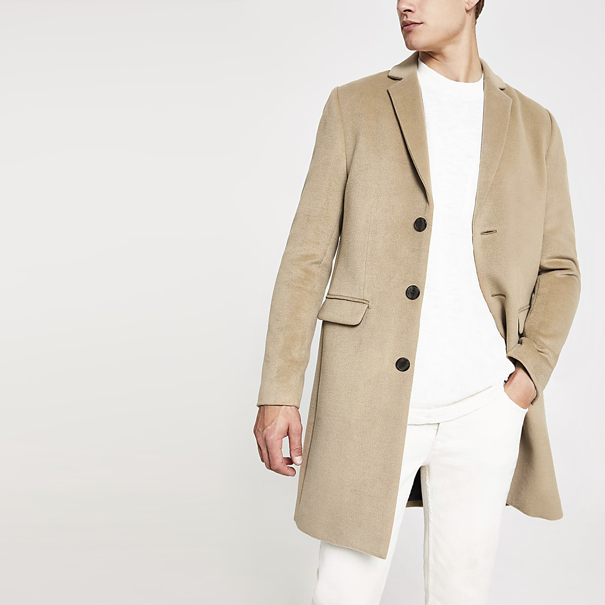 Eleganter Button-Down-Mantel in Camel