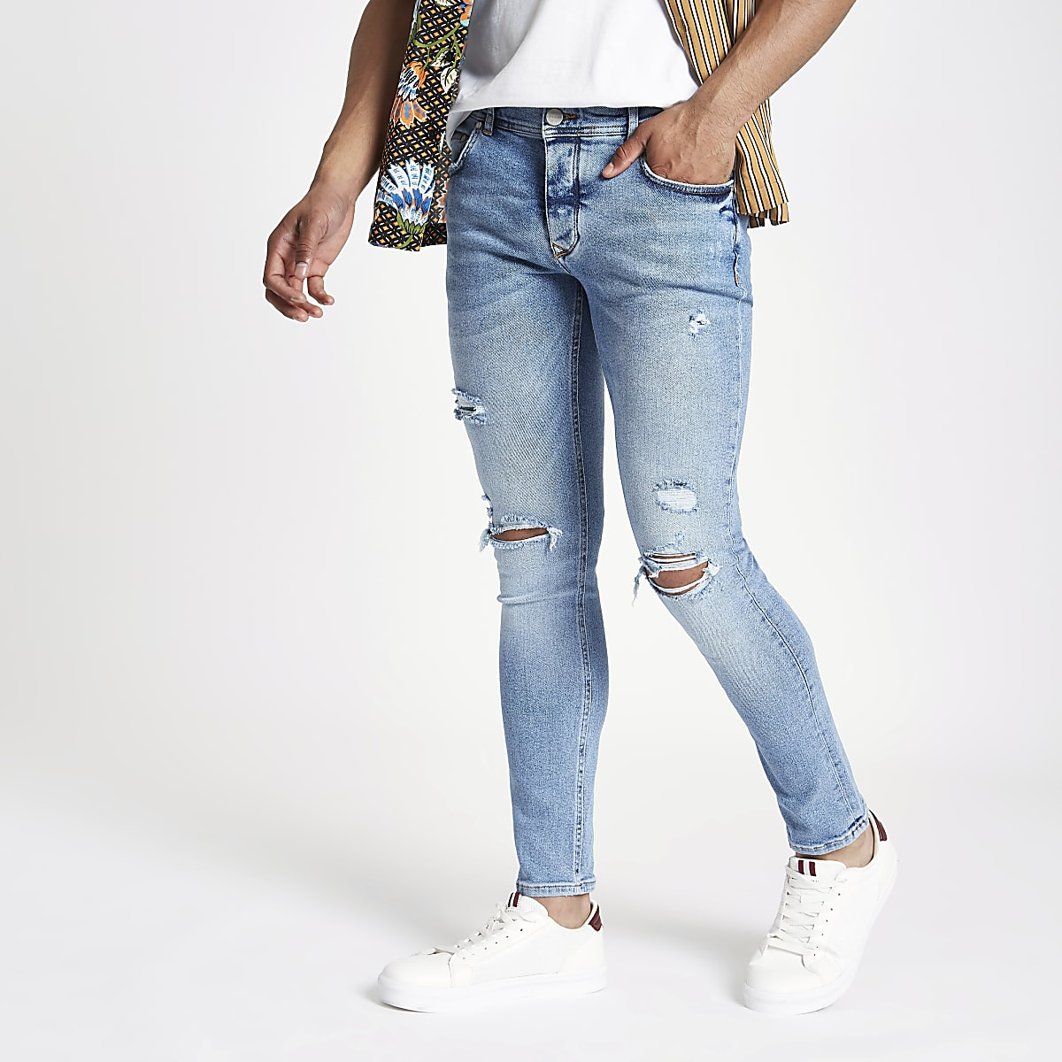 Blue skinny ripped jean