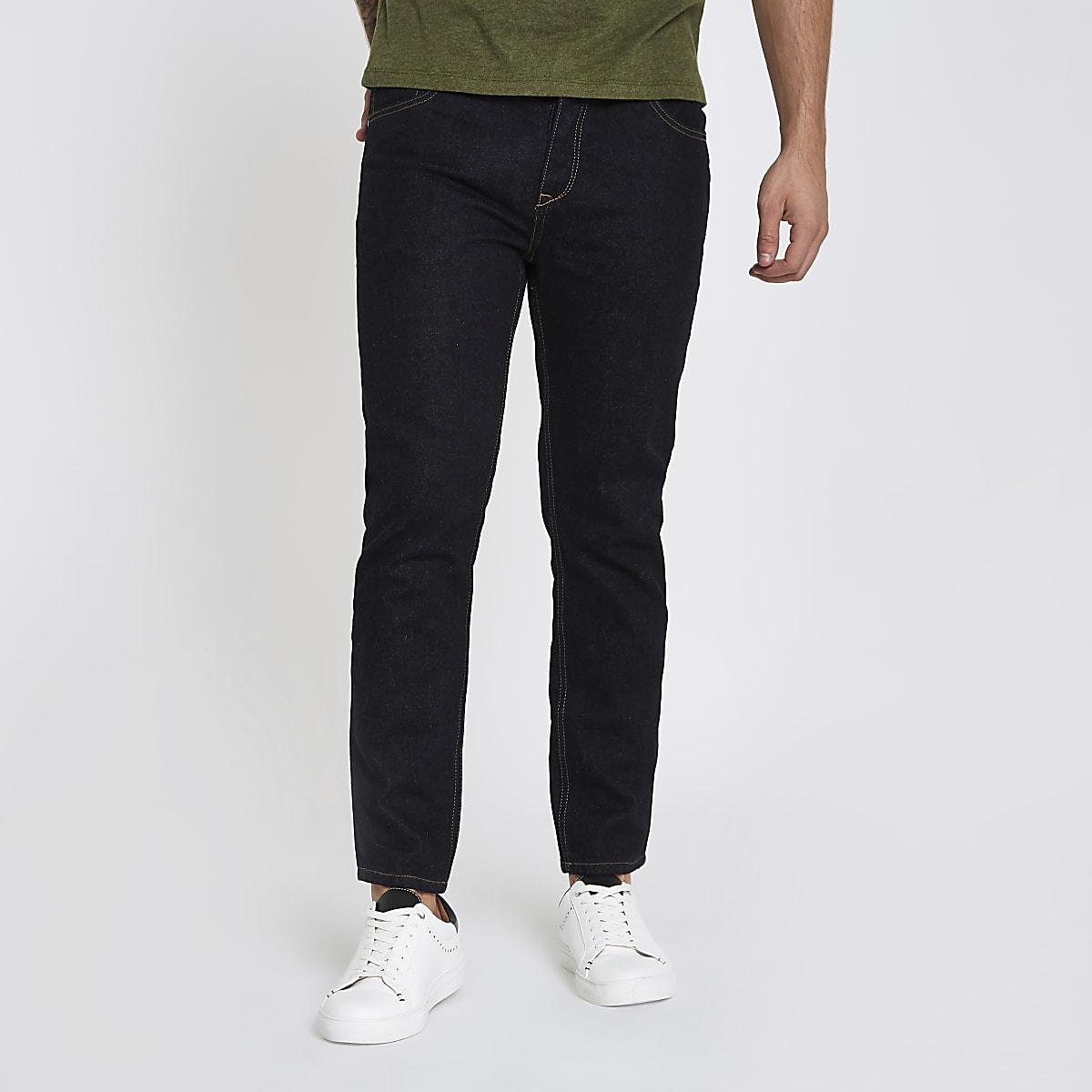 Jimmy - Donkerblauwe rinse smaltoelopende jeans