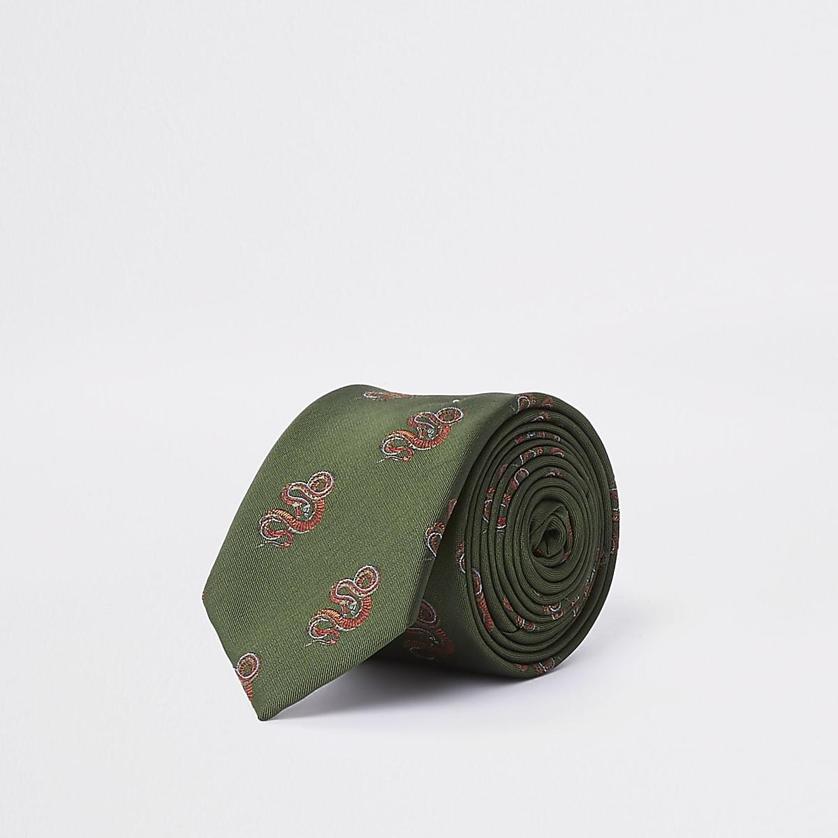 Cravate verte à imprimé peau de serpent