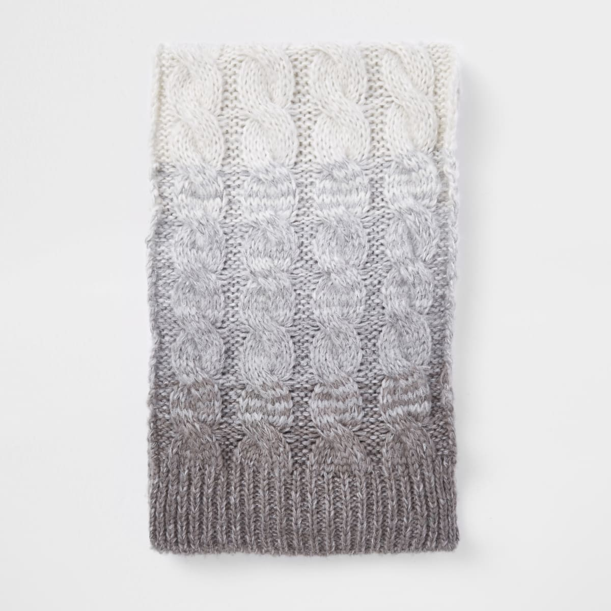 Grey ombre knit scarf
