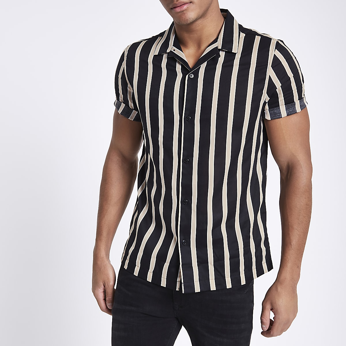Black twill stripe print short sleeve shirt