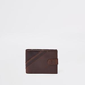 Portefeuille rayé en cuir marron