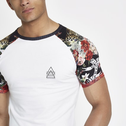 White leopard muscle fit raglan T-shirt