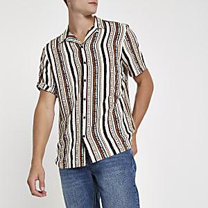 Pinkes, kurzärmliges Hemd mit Print