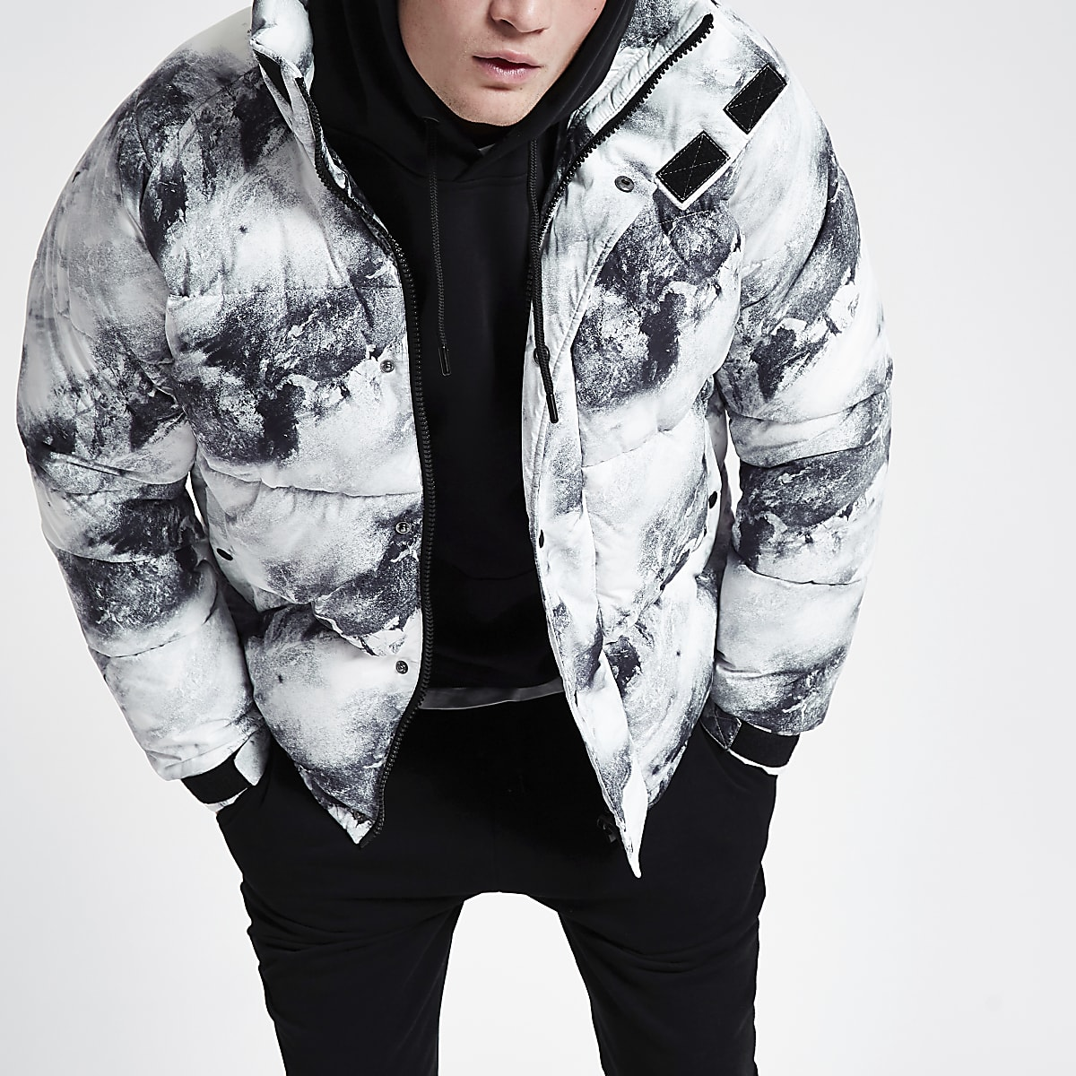 Grey snow print funnel neck puffer jacket