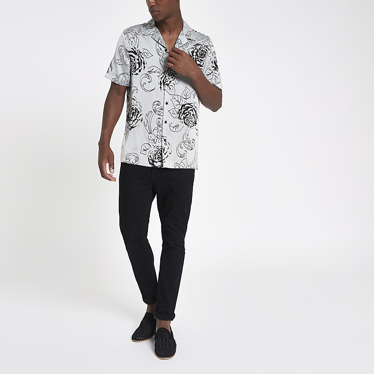 Grey floral print revere shirt
