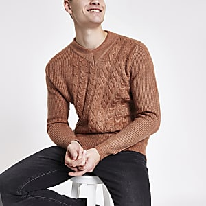 Rust slim fit V neck cable knit sweater