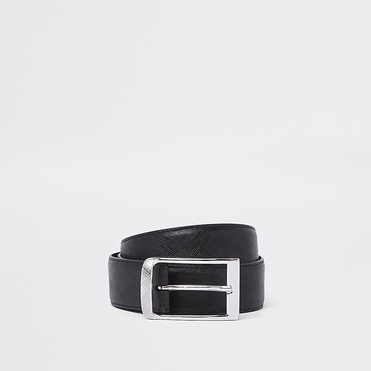Black textured buckle belt
