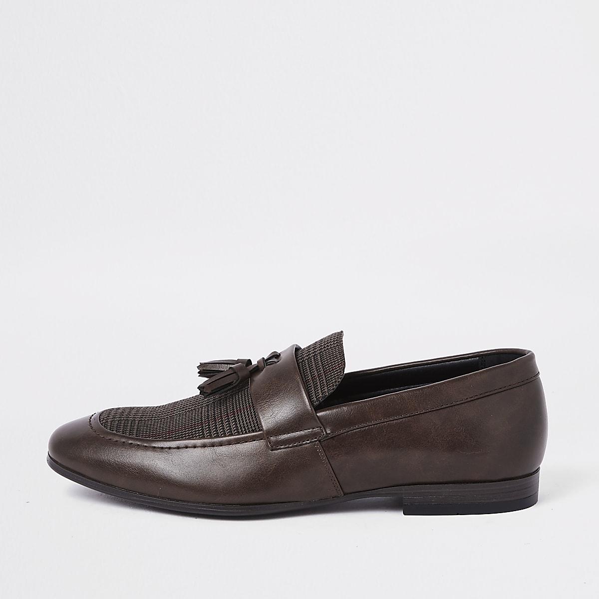 Bruine loafers met ruitenprint en kwastjes