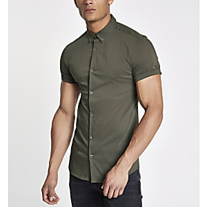 Khaki poplin muscle fit short sleeve shirt