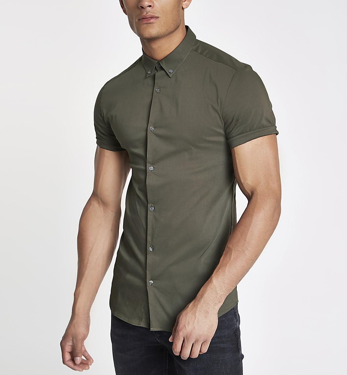 Chemise ajustée en popeline kaki à manches courtes