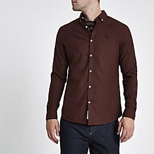 Dunkelrotes, langärmliges Flanellhemd