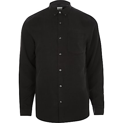 Black long sleeve button-down shirt