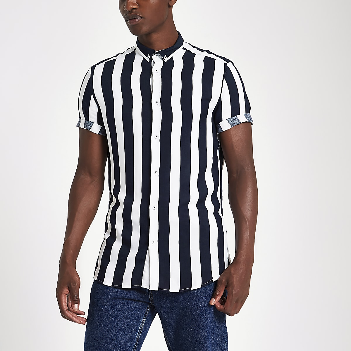 Overhemd Wit Korte Mouw.Wit Overhemd Met Korte Mouwen En Strepen Overhemden Met Korte