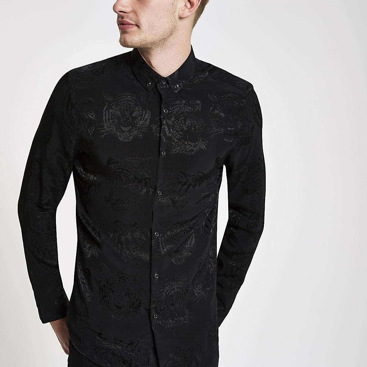 Chemise à imprimé tigre noire avec col à boutons