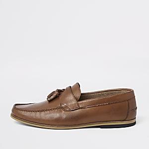 Bruine leren loafers met kwastjes en brede pasvorm