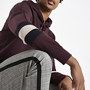 Burgundy slim fit color block sleeve hoodie