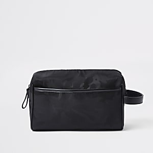 Black camo wash bag