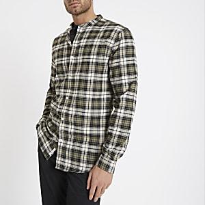 Chemise à carreaux kaki avec col grand-père