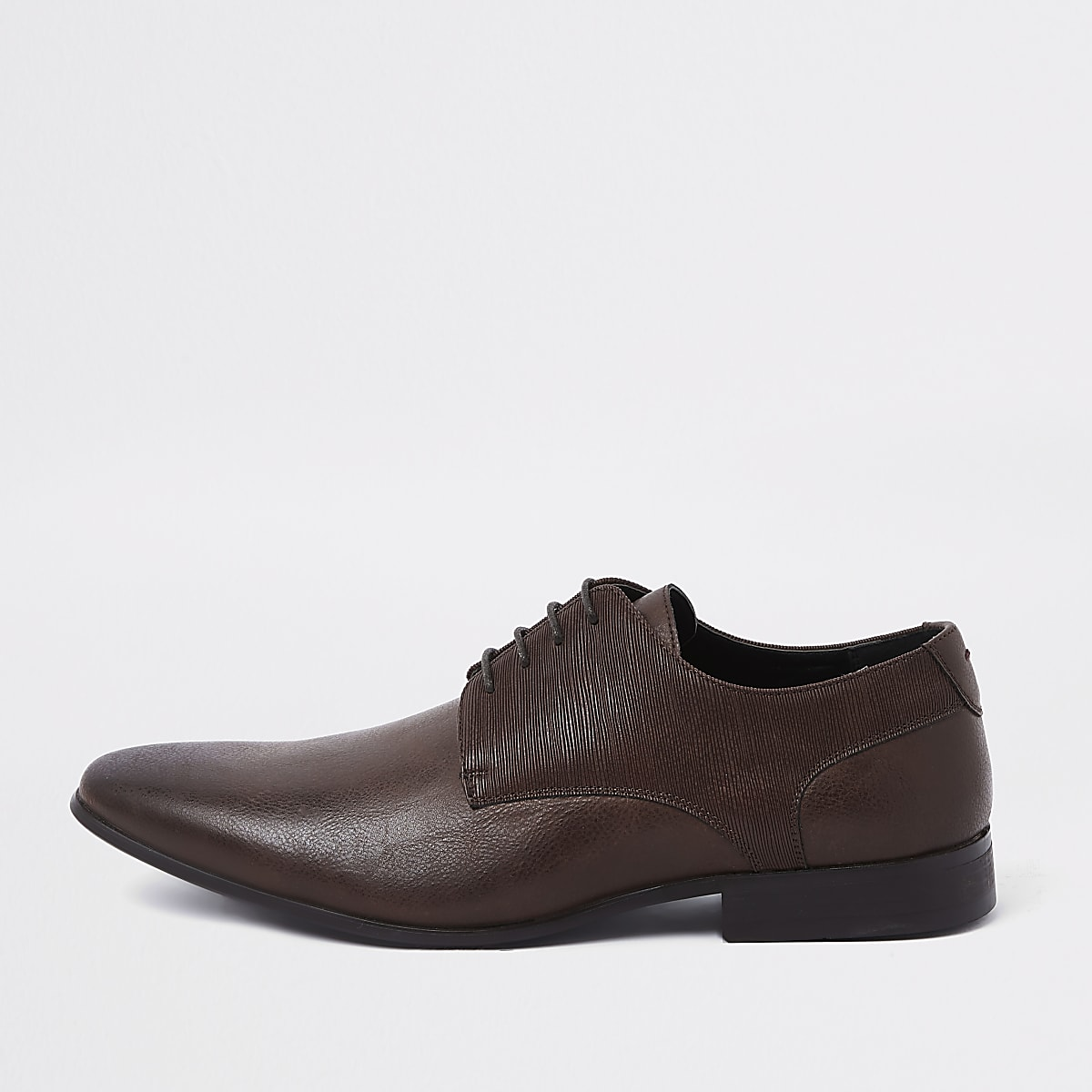 Dark brown line embossed lace-up derby shoes