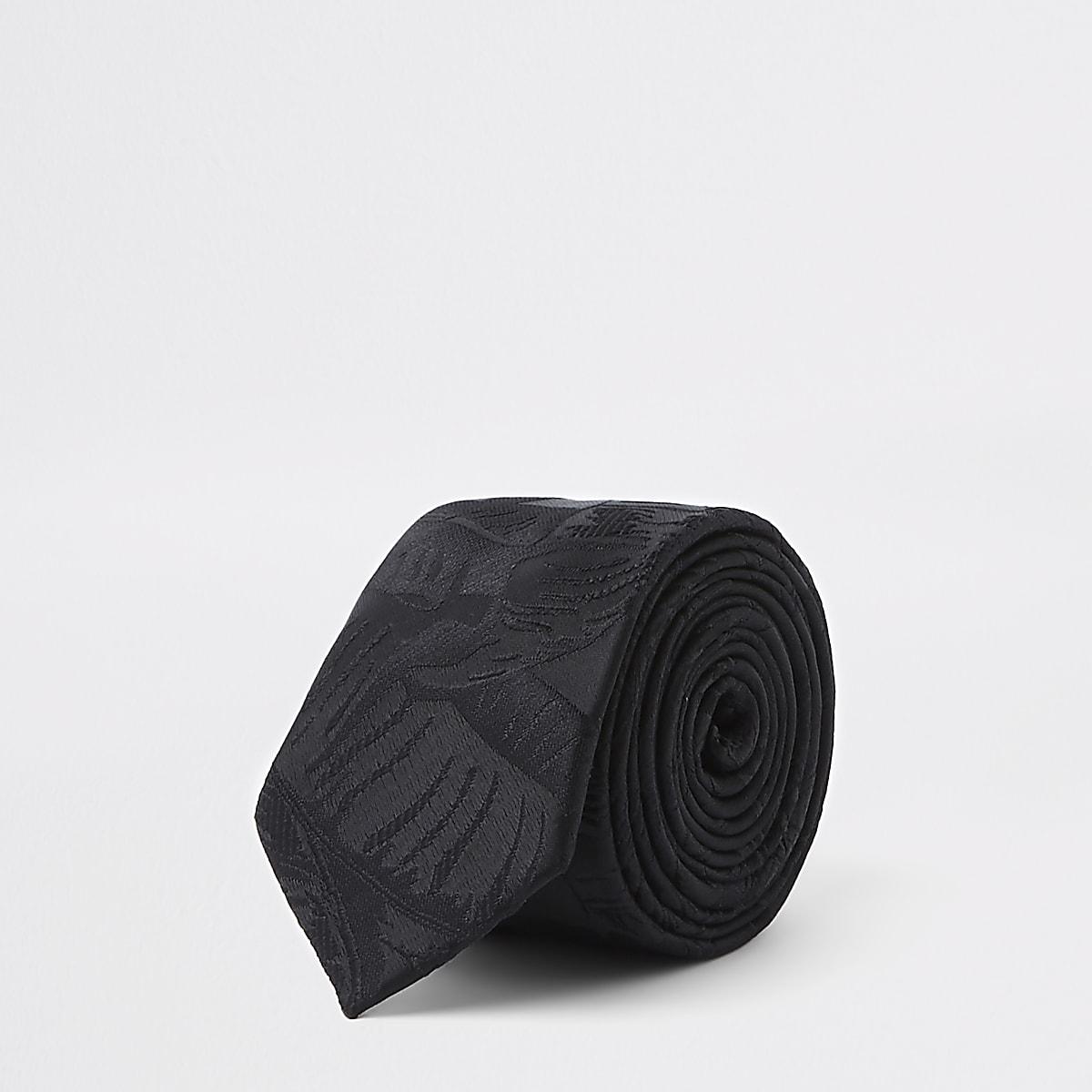 Black jacquard leaf print tie