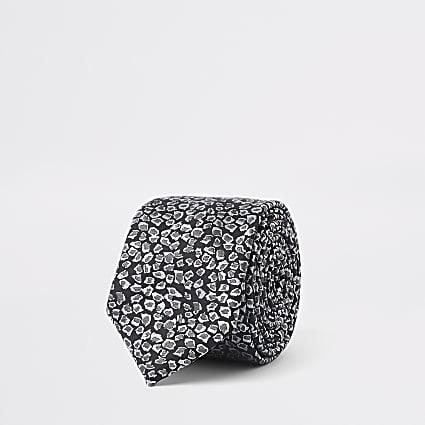Black leopard print tie