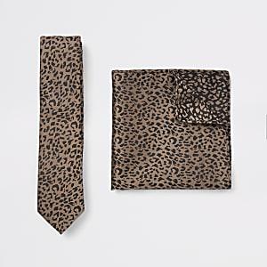 Set met ecru satijnen stropdas en zakdoek met luipaardprint