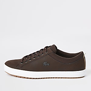 Lacoste – Baskets en cuir marron à lacets
